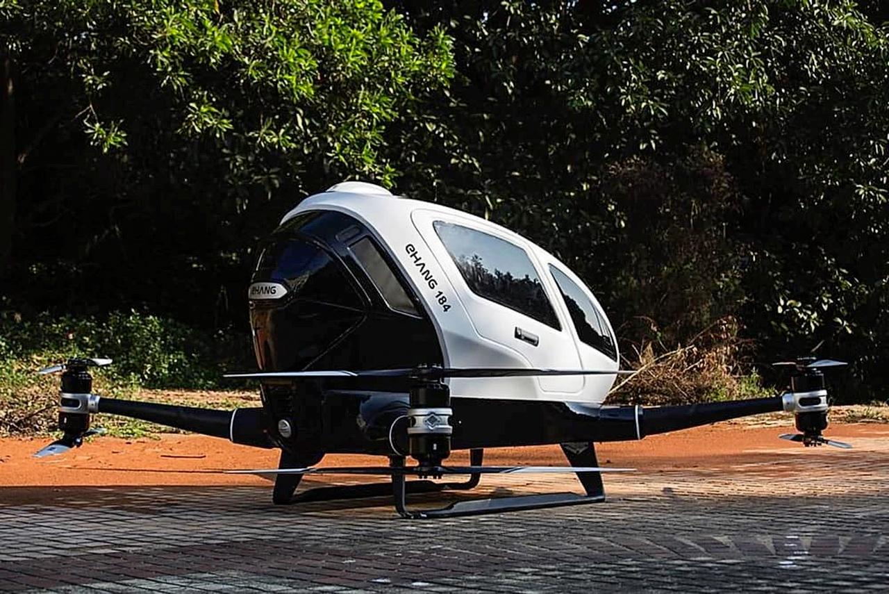 EHang-184 на испытательной площадке (фото: Darren Quick).
