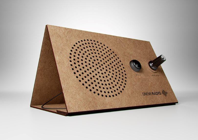 Дизайн для развивающихся стран: ONEMI Radio