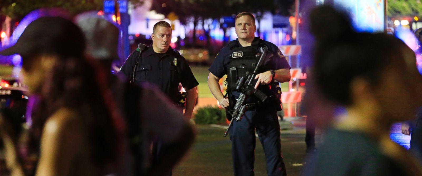 «Остановить плохого парня с пистолетом может только хороший парень с пистолетом». После событий в Далласе, это старое правило явно нуждается в корректировке.