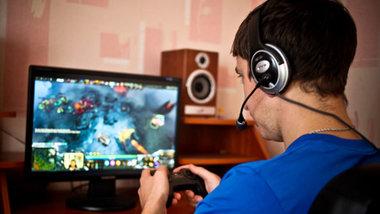 Объем отечественного рынка онлайн-игр в 2015 году составил 51,9 млрд рублей,