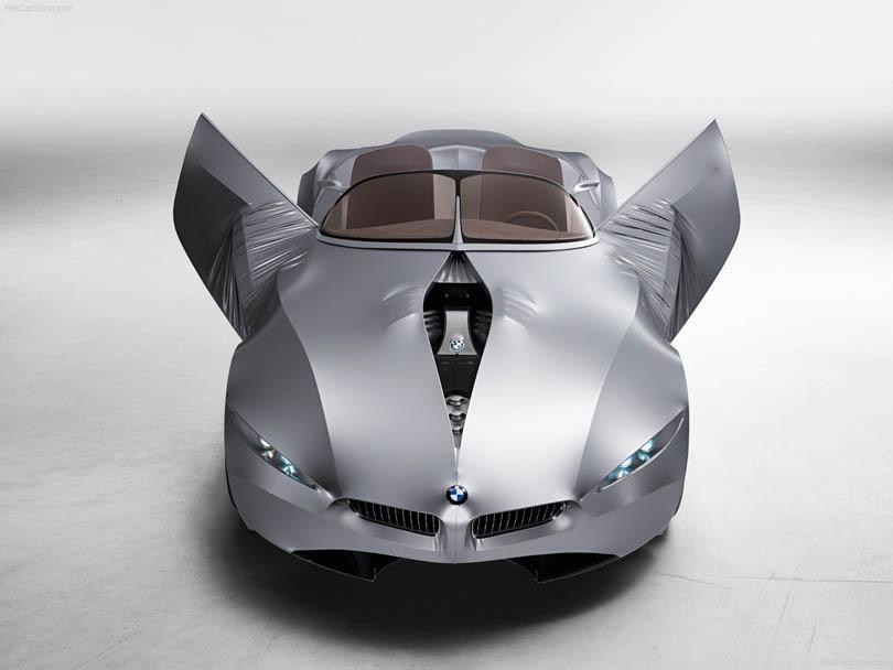 BMW вдохновила Puma на создание новых кроссовок без швов и шнурков