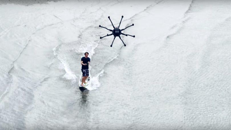 Дронсерфинг: волны и ветер для сёрфинга больше не нужны