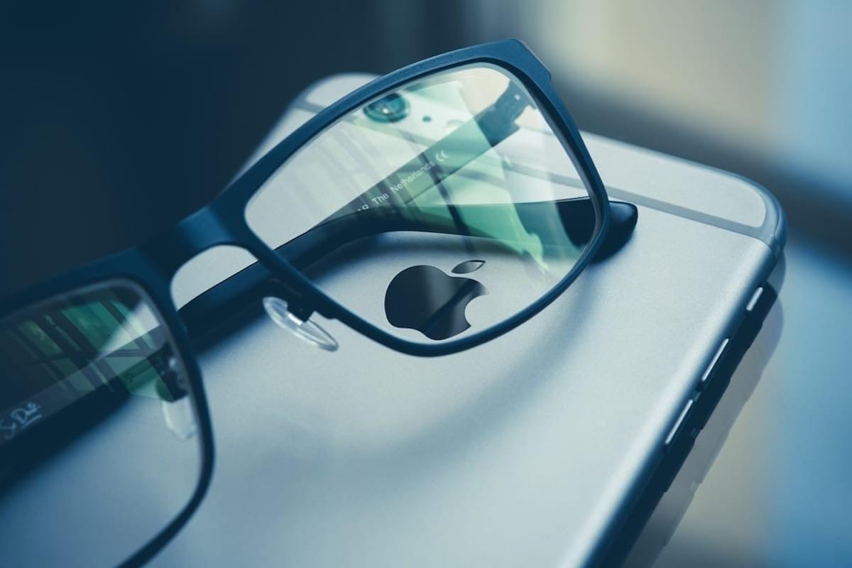 Apple погрузилась в виртуальную реальность
