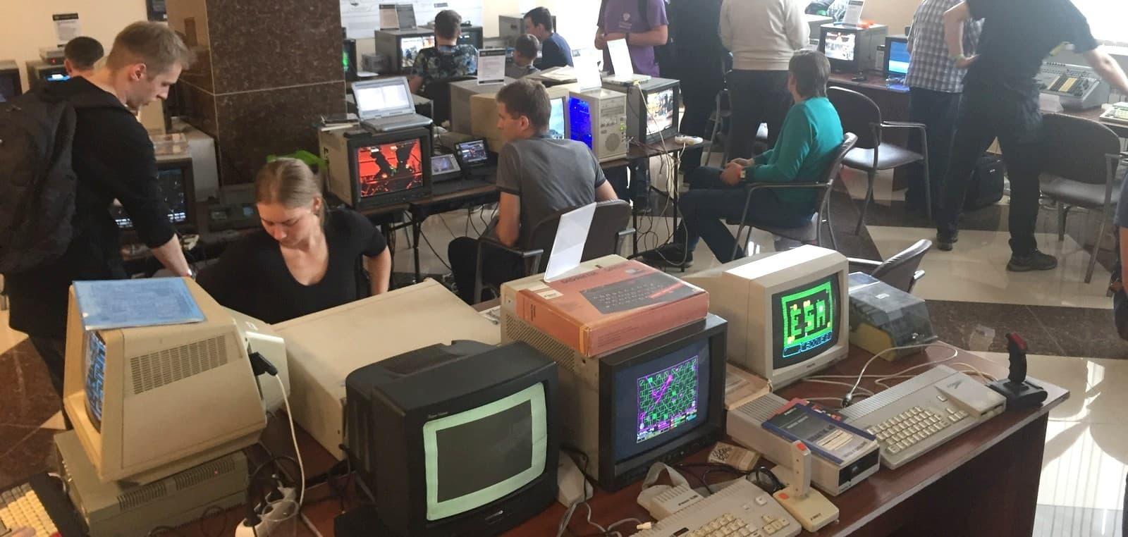 Chaos Constructions 2018 - фестиваль компьютерного творчества