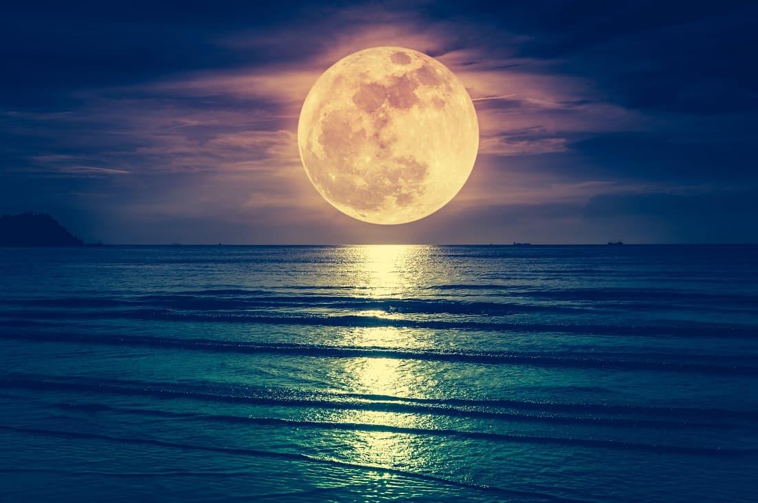 В Китае планируется запуск искусственной луны