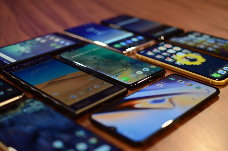 Как упорядочить хаос: разбираемся в названиях китайских смартфонов