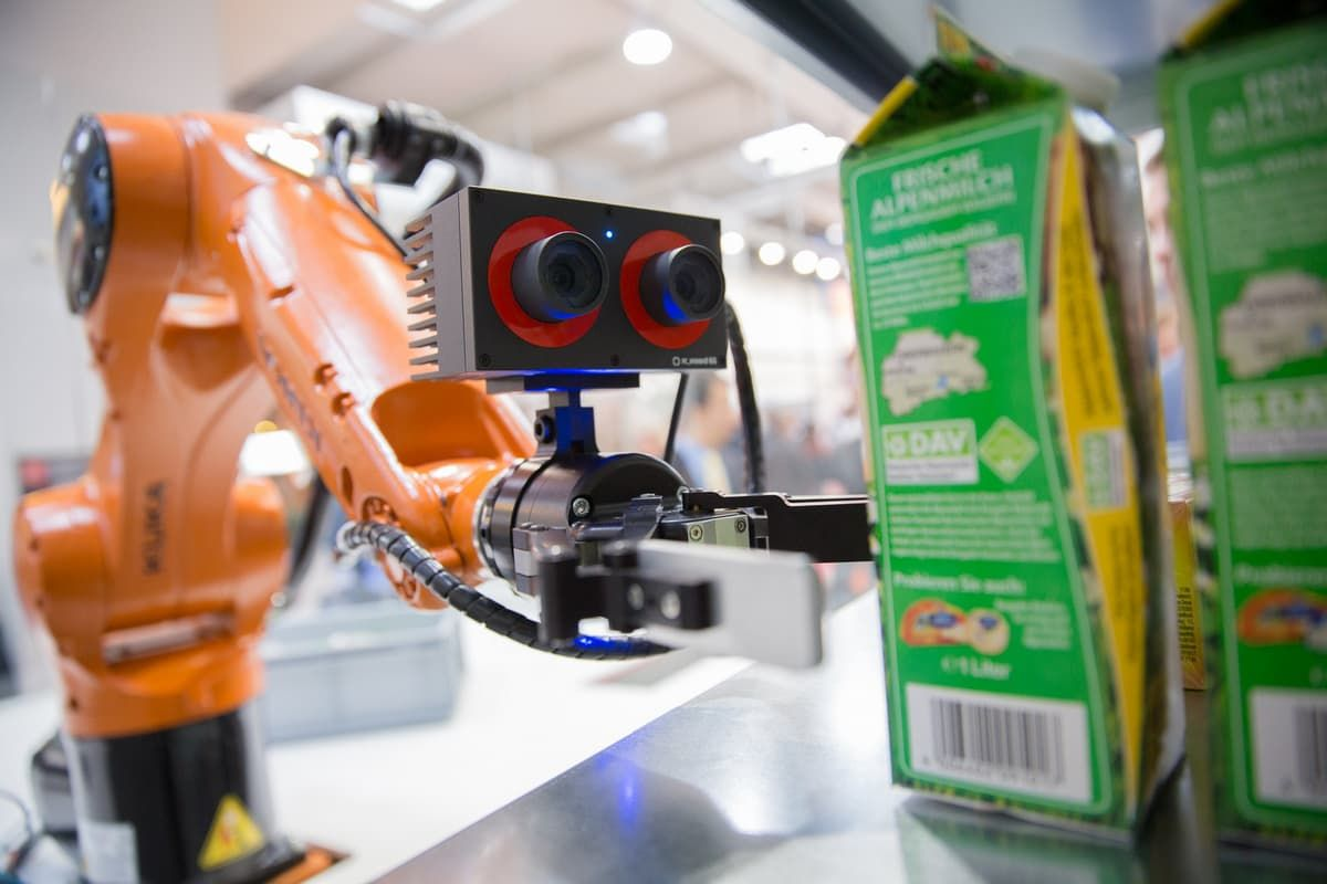 От мусорщика до батрака: семейство роботов с мозгом Jetson