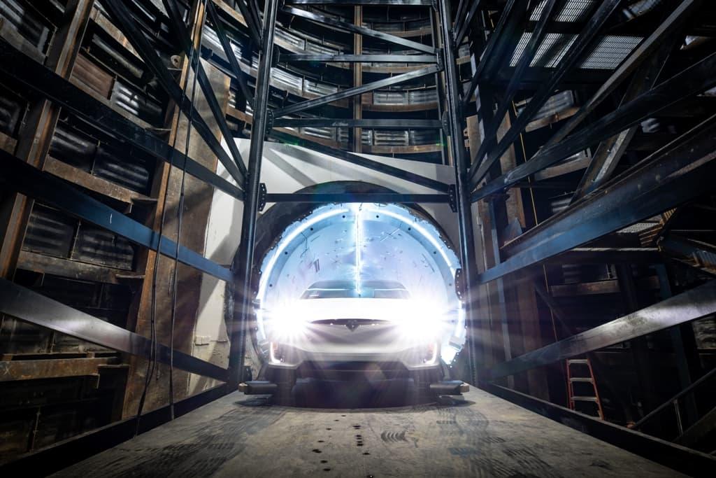 Транспорт глазами Илона Маска: 3D-сеть туннелей с автономными электромобилями