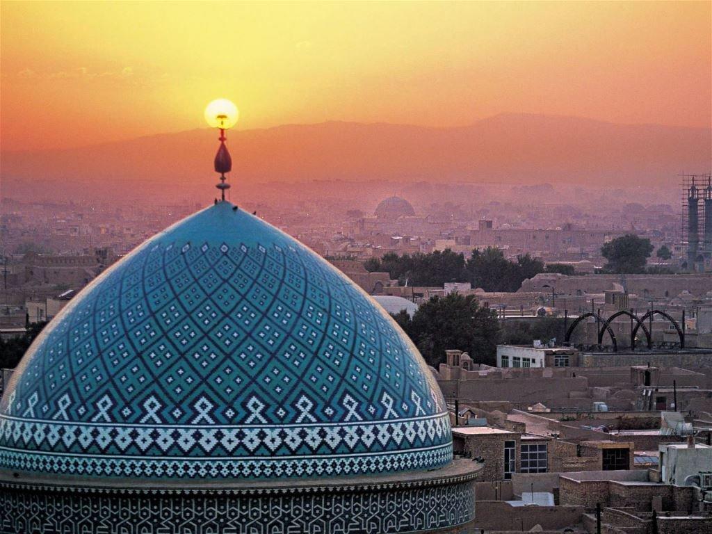 Четыре иранских банка поддержали новую обеспеченную золотом криптовалюту
