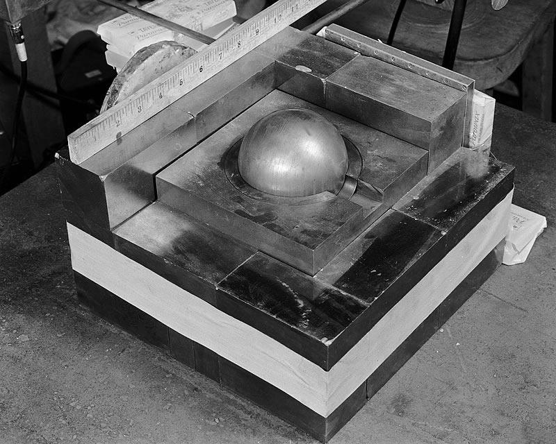 На этом приборе в 1945 г. устанавливали критическую массу – нейросеть GPT-2 делает то же для задач обработки естественного языка…