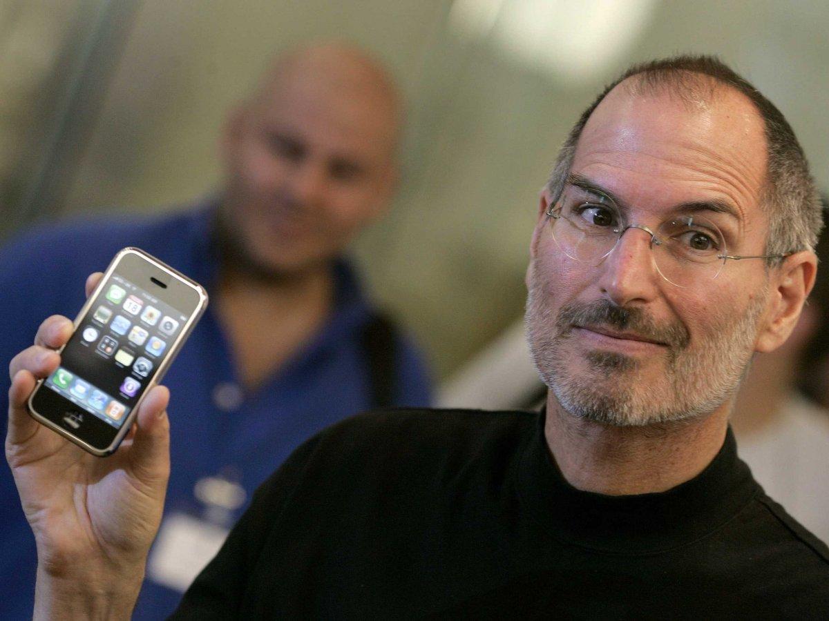 Почему Apple не может перенести производство в США