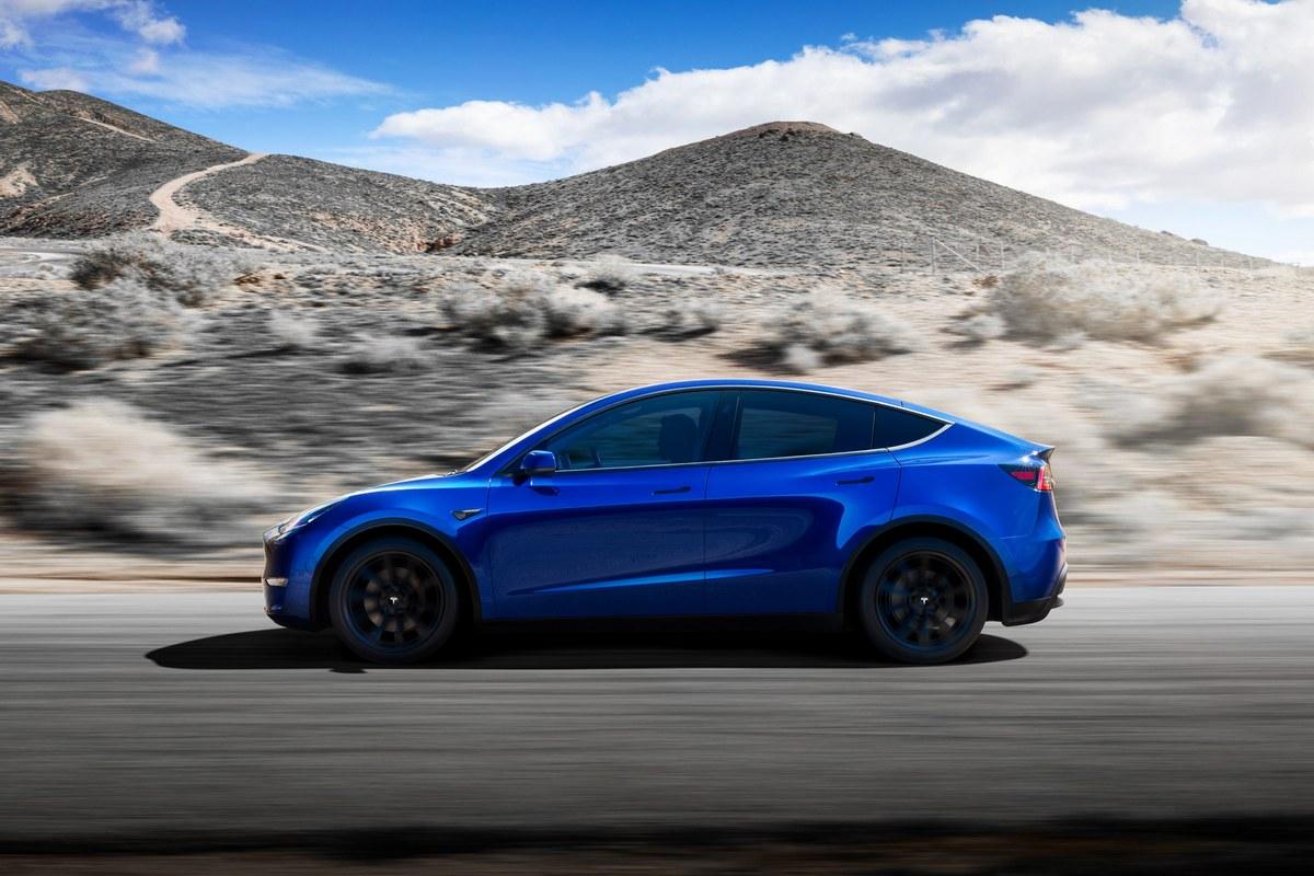 Новая модель Tesla: кроссовер Model Y SUV