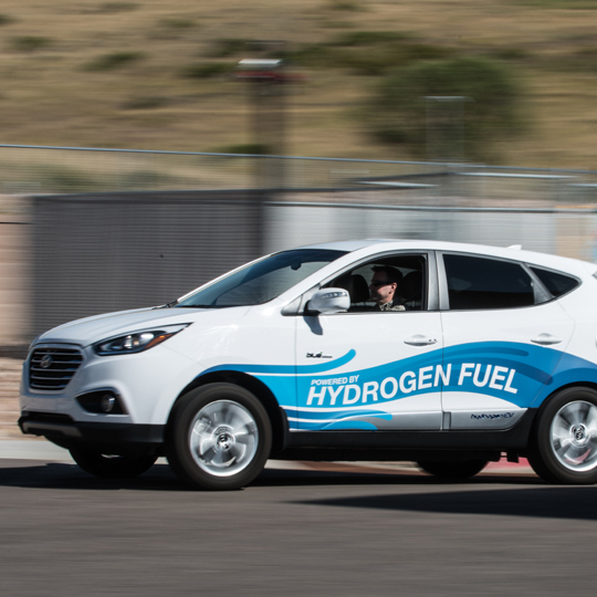 Автомобили на водородном топливе - в чем преимущество перед бензином и электричеством