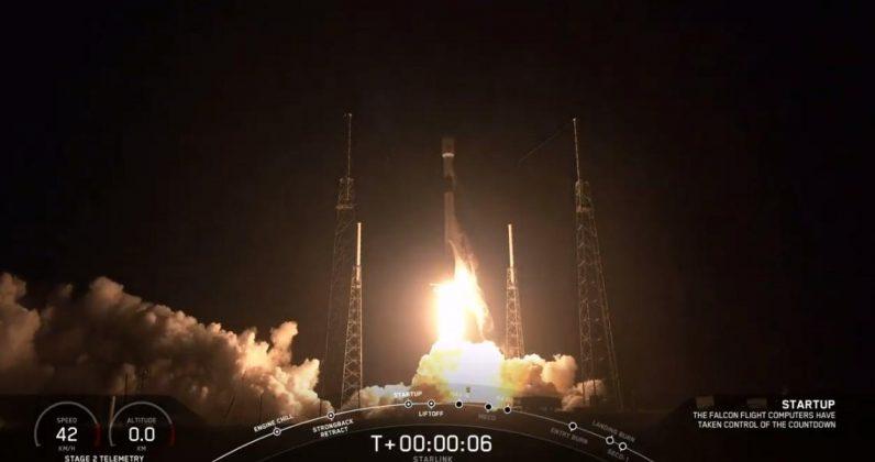 SpaceX запустила на орбиту 60 интернет-спутников Starlink