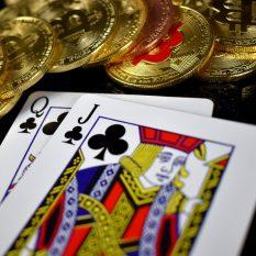Победитель онлайн- турнира по покеру получил $1 000 000  в биткоинах