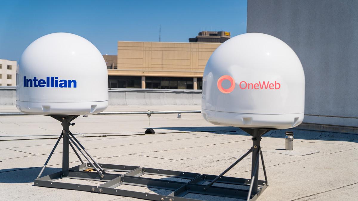 Вот так выглядят наземные терминалы системы OneWeb, разработанные Intellian