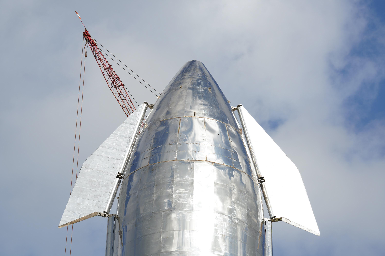 Космический корабль Илона Маска уже через 6 месяцев может отправиться на орбиту