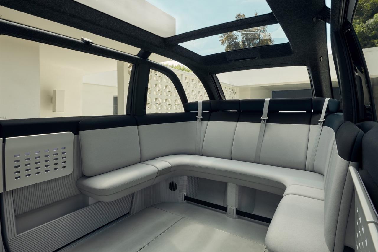 Canoo представила первую модель электромобиля