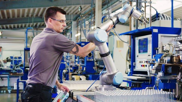 Знакомьтесь: коботы – роботы, которые станут вашими коллегами по работе