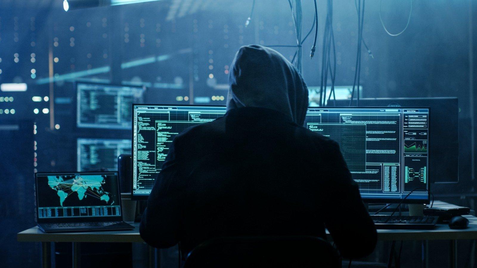 ИТ-шпионаж через «встроенность» – это почти просто и очень дешево!