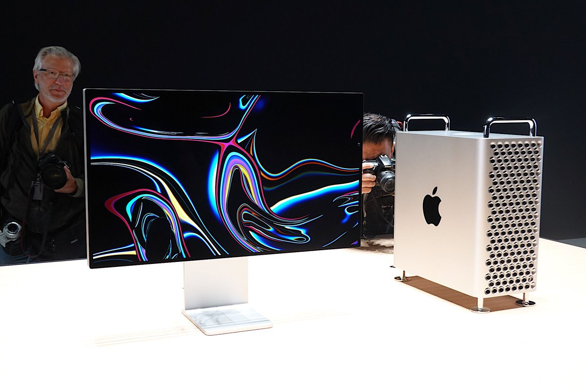 Apple начала продажи самого дорогого компьютера в истории