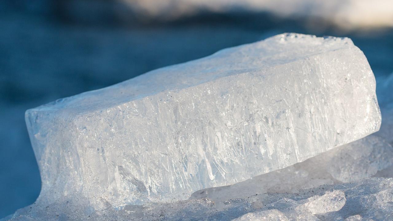 Найдены микробы, живущие в условиях, аналогичных низким температурам других планет