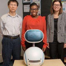 Социальные роботы будут обучать школьников кибербезопасности