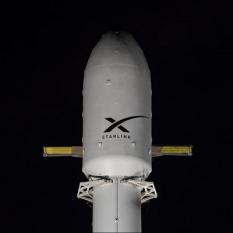 SpaceX запускают новую партию спутников Starlink