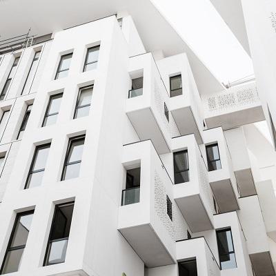 Ученые разработали новый способ охлаждения зданий с помощью краски