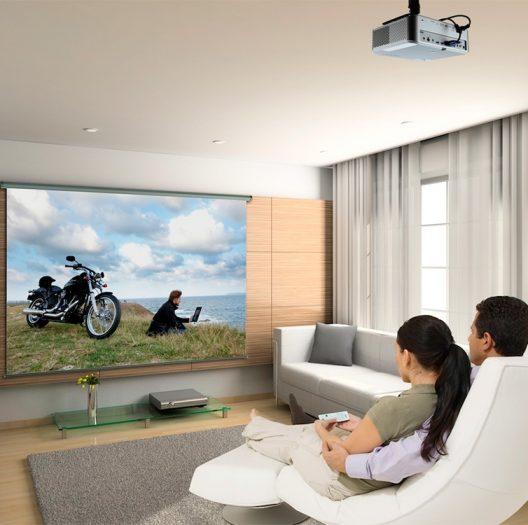 Обзор мультимедийных проекторов 2020 года