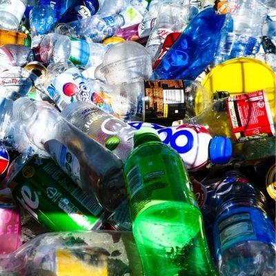Ученые представили новый метод переработки пластика в полезные материалы