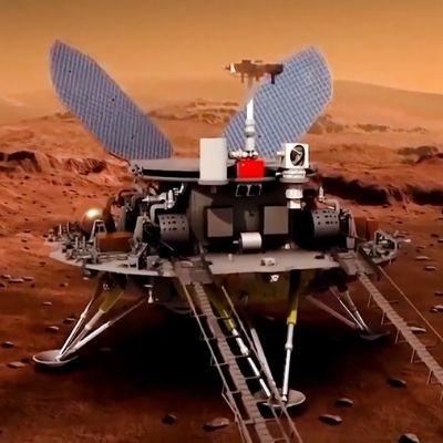 Китай впервые осуществил успешную посадку на Марсе