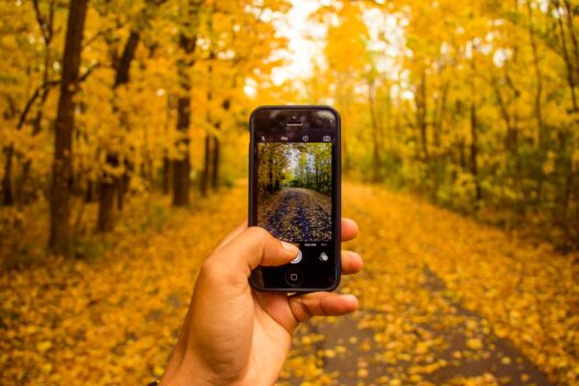 Издание gizmochina.com составило список самых ожидаемых смартфонов октября